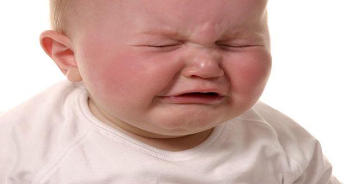 5 علاجات طبيعية للتخلص من الامساك عند الاطفال الرضع