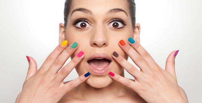 علاقة لون طلاء الأظافر بشخصيتك!
