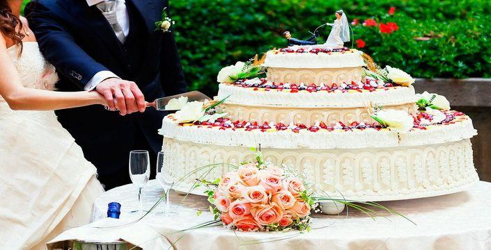 كيك الزفاف لعروس  شتاء 2015