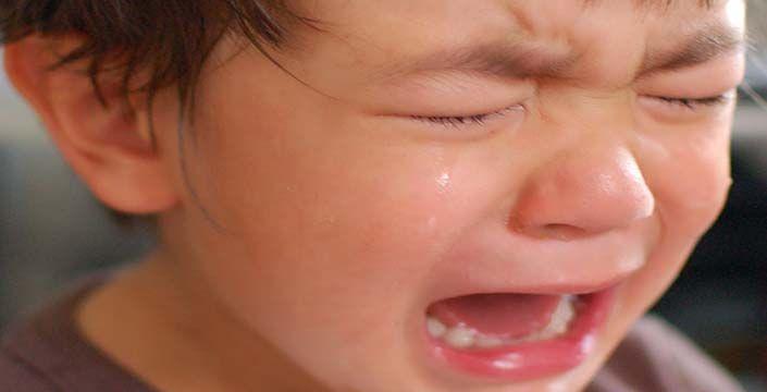 طريقة التعامل مع الطفل كثير البكاء