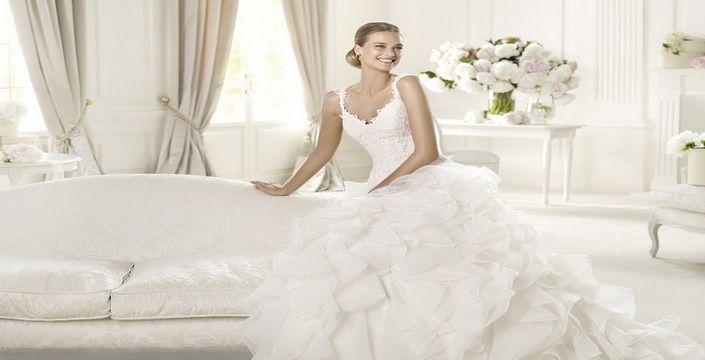 ليكن فستان زفافك  بتوقيع إيلي صعب