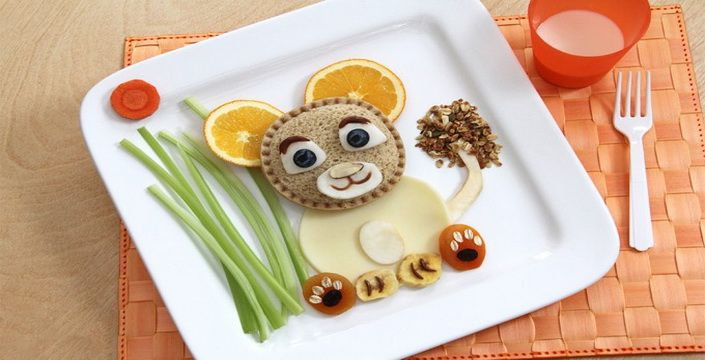 بالصور  :فن تزيين الطعام للأطفال بشخصيات الكارتون