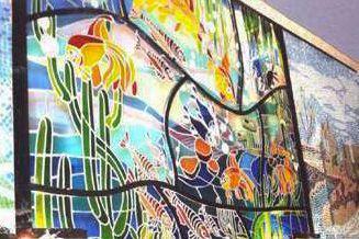 الزجاج بقى متطور في أشكاله واستايلاته وبيدخل في كل جزء من أجزاء الشقة