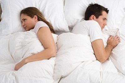 أحب زوجتي.. ولا أعلم هل هذه الحالة مؤقتة أم لا؟